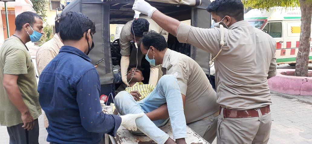 लूट के विरोध पर नकाबपोश बदमाशों ने युवक को मारी गोली, हालत गंभीर