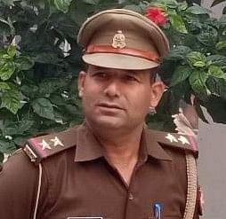 कानपुर एनकाउंटर : शहीद थानाध्यक्ष महेश की मां बोली, बेटे ने क्या बिगाड़ा था किसी का