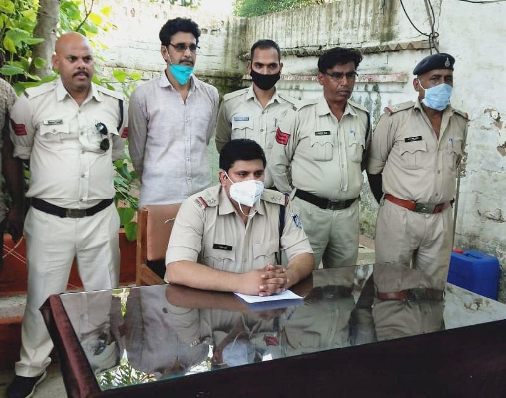 तीस हजार का ईनामी को सागर से दबोचा पुलिस ने