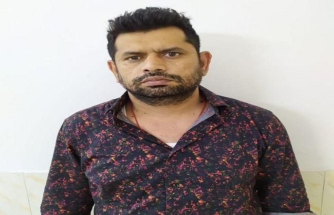 नोएडा : मुंबई सीरियल ब्लास्ट का आरोपित अबू सलेम का साथी गिरफ्तार