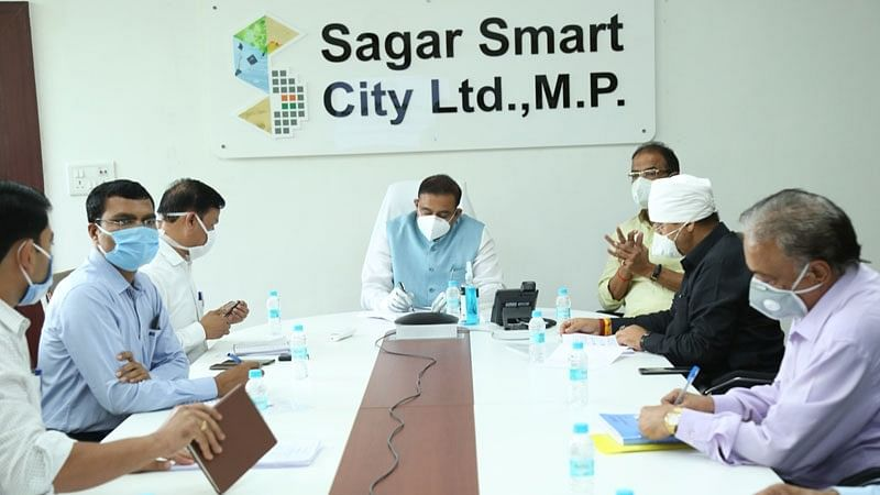 ऐलीवेटेड कॉरीडोर बनाकर यातायात व्यवस्थित बनाए : मंत्री भूपेन्द्र सिंह