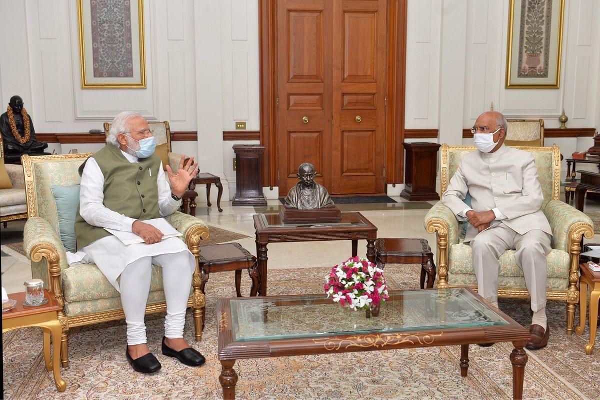 प्रधानमंत्री मोदी ने राष्ट्रपति कोविंद से मुलाकात की