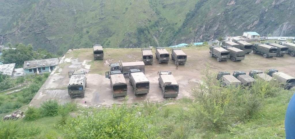 जोशीमठः खेल के मैदान से सैन्य वाहनों को हटाने की मांग
