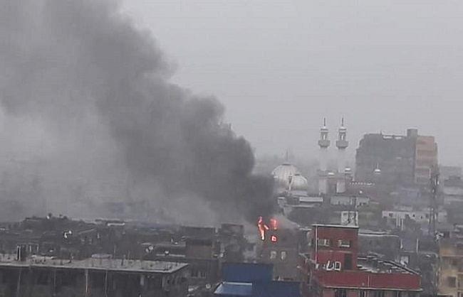 कोलकाता की ऐतिहासिक नाखुदा मस्जिद के पास भयावह आग