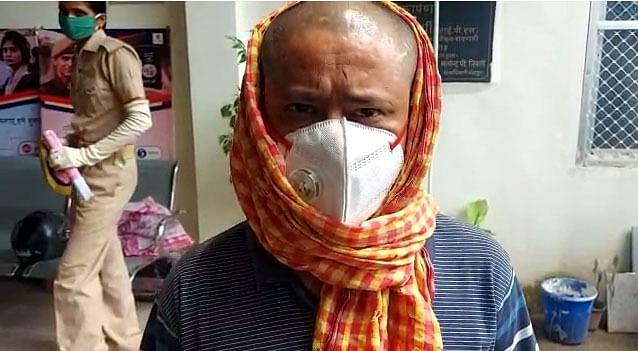 एक हजार रूपये के लिए नेपाली युवक ने सिर मुंडवाया था, आर्थिक तंगी में इसके लिए हामी भरी