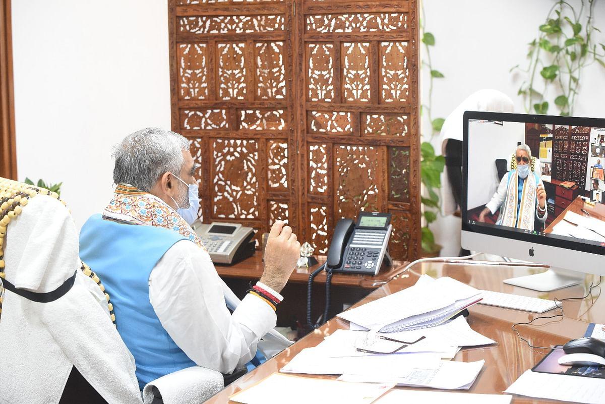 नई तकनीक स्वास्थ्यकर्मियों के साथ पर्यावरण को भी सुरक्षित करने में देगी महत्वपूर्ण योगदान: अश्विनी चौबे