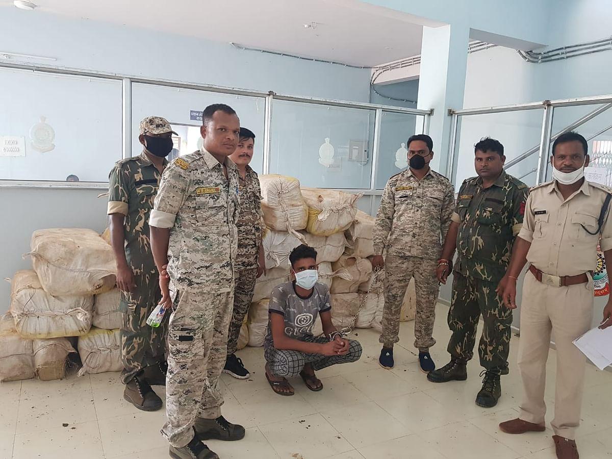 एक हजार किलो गांजा सहित 1 तस्कर गिरफ्तार