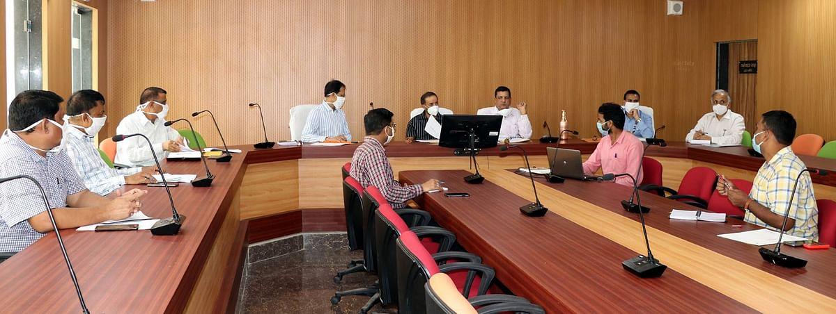 प्रमुख सचिव आहूजा ने कोरोना की समीक्षा, सतर्कता बरतने के निर्देश