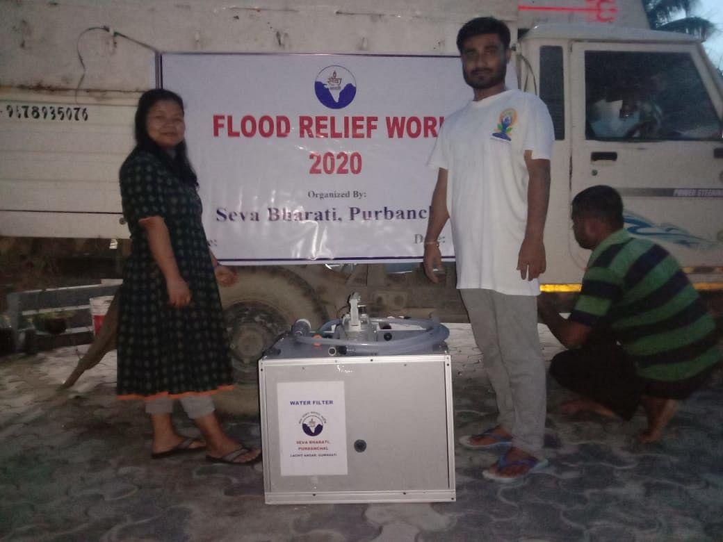 सेवा भारती पूर्वांचल ने राज्य विभिन्न जिलो में शुरू किया बाढ़ राहत अभियान