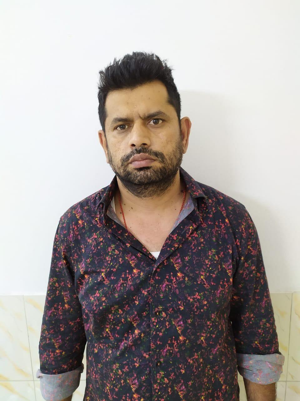 नोएडा: मुंबई सीरियल ब्लास्ट का आरोपित अबू सलेम का साथी गिरफ्तार