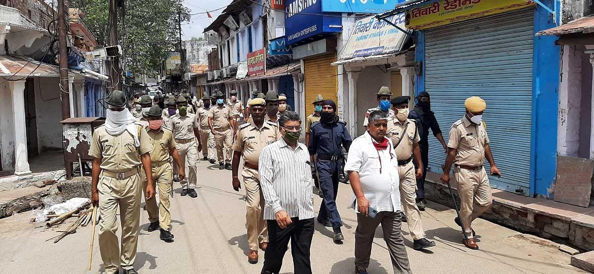 धौलपुर में संडे कर्फ्यू का दिखा व्यापक असर,बाजार पूरी तरह से बंद रहे