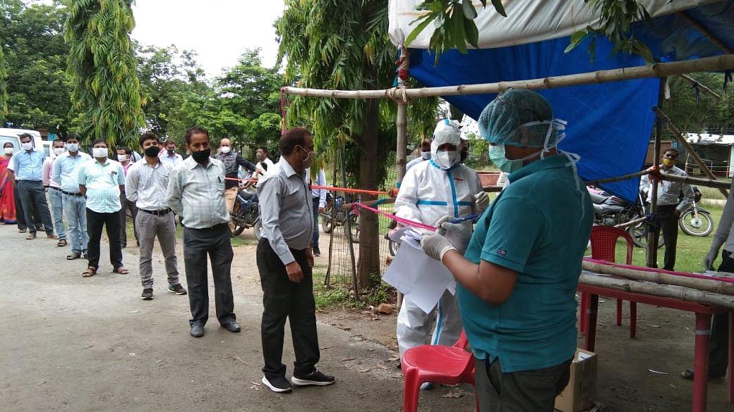 कोडरमा में लगातार बढ़ रहा है कोरोना संक्रमितों का आंकड़ा, 423 पर पहुंचा
