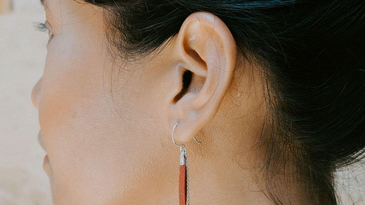कान का फड़कना