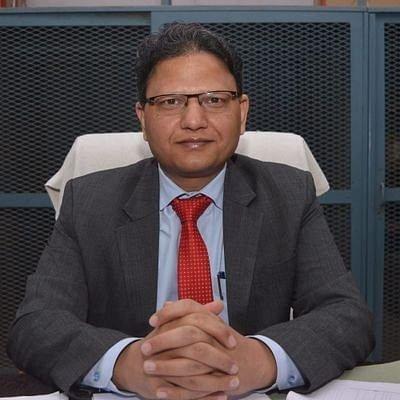 बांदा डीएम को 30 हजार रुपये प्रतिदिन रिश्वत की पेशकश, मुकदमा दर्ज