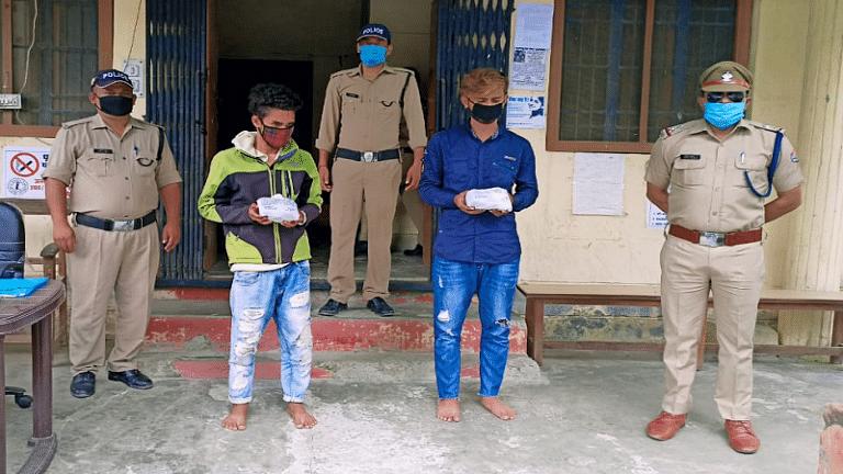चरस के साथ दो युवक गिरफ्तार