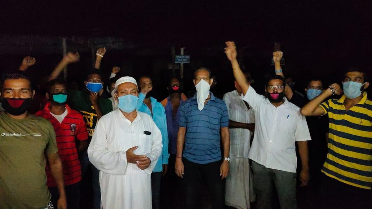 बीसीसीएल कॉलोनियों में लगभग एक सप्ताह से बिजली नहीं रहने के विरोध में लोगों ने किया प्रदर्शन।