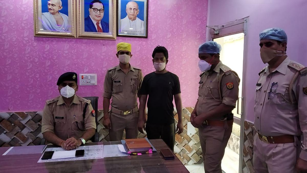 अश्लील वीड़ियों इंटरनेट पर वायरल करने की धमकी देकर ठगी करने वाला गिरफ्तार