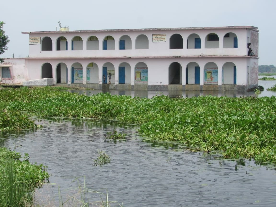 सहरसा जिले के सलखुआ अंचल क्षेत्र में बाढ़ व जल जमाव से भारी परेशानी