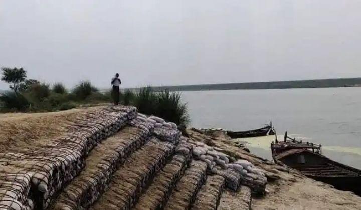 भोजपुर में 17 करोड़ की लागत से कटाव निरोधक कार्य  पूरा