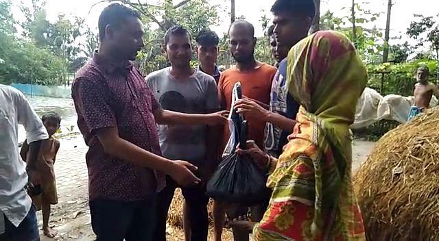 प्रदेश युवा कांग्रेस के नेताओं ने गरीबों में बांटी राहत सामग्री