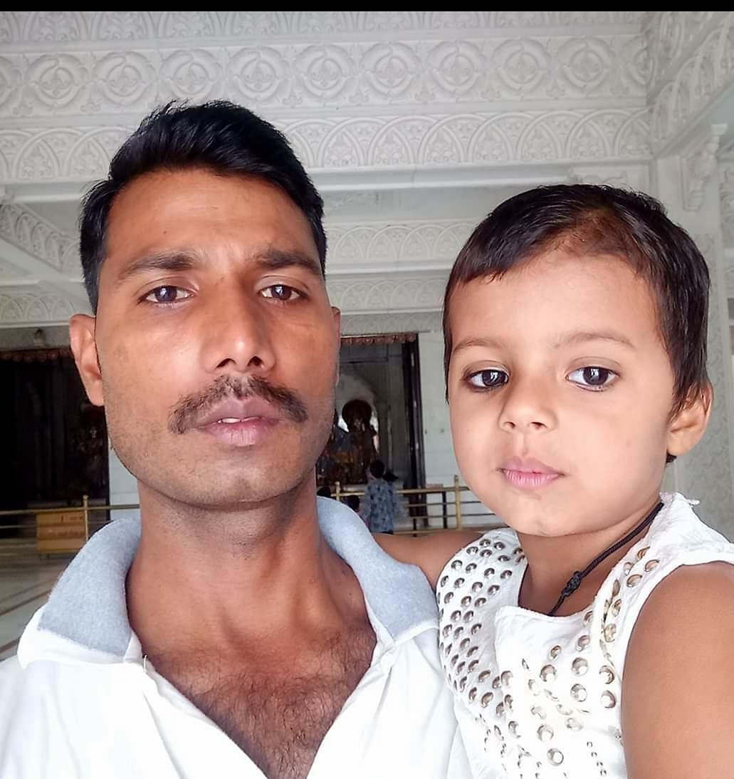 कानपुर एनकाउंटर : शहीद आरक्षी सुल्तान बेटी को बनाना चाहते थे डाॅक्टर