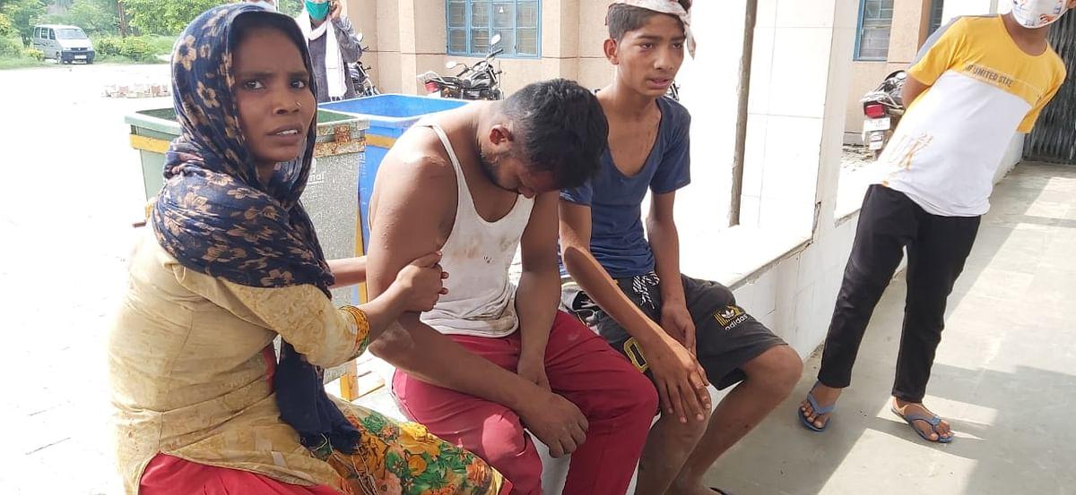 खेकड़ा में खेल रहे बच्चों ने हुआ विवाद, पांच लोग लहूलुहान