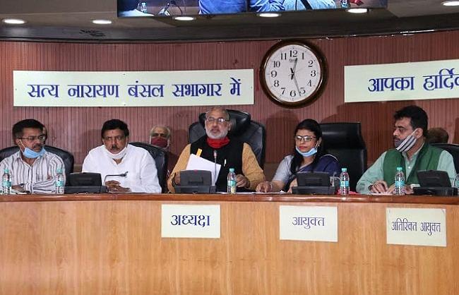 दिल्ली में जलभराव के लिए प्रदेश सरकार के विभाग जिम्मेदार : नगर निगम