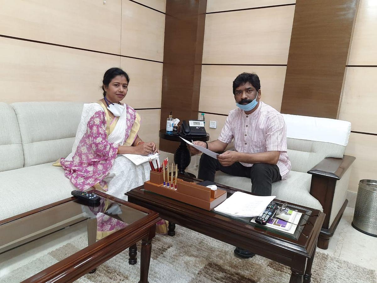 विधायक ने की सीएम से बात : हेमंत ने कहा, रामगढ़ कॉलेज में जारी रहेगी इंटर की पढ़ाई