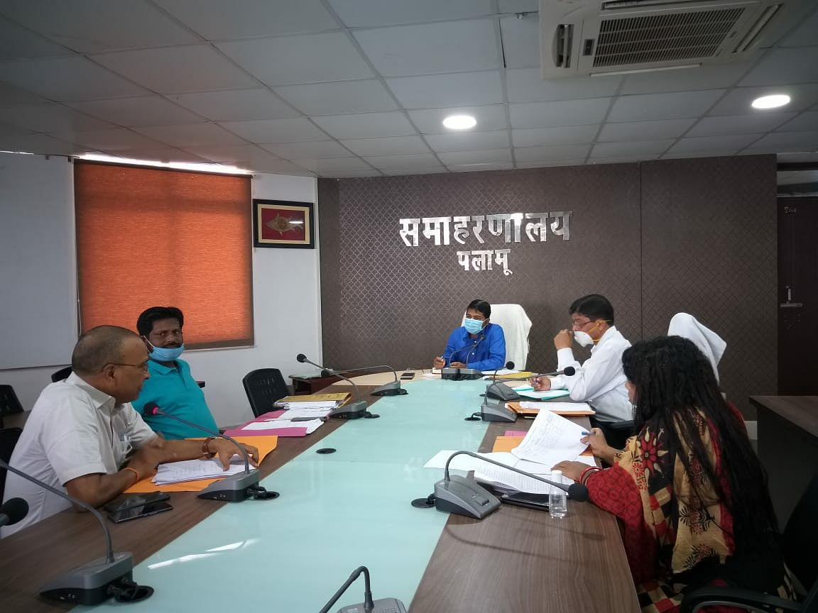 स्वास्थ्य सुविधा उपलब्ध कराना जिला प्रशासन की प्राथमिकता : डीसी