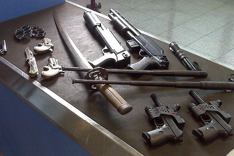 सपने में अस्त्र-शस्त्र देखने का मतलब - Dream Of Weapon Meaning