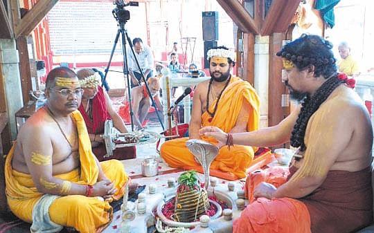 श्रद्धा और विश्वास का समग्र रूप हैं भगवान शिवः कैलाशानंद ब्रह्मचारी