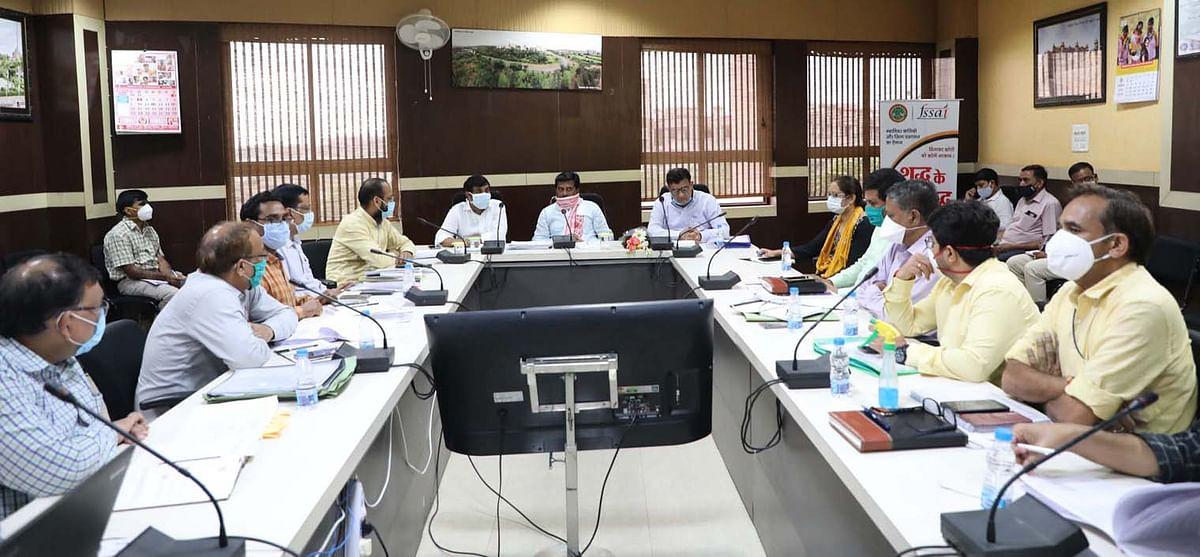 ग्वालियर शहर में शामिल ग्रामीण वार्डों में भी अमृत योजना के तहत कार्य कराए: राज्यमंत्री कुशवाह