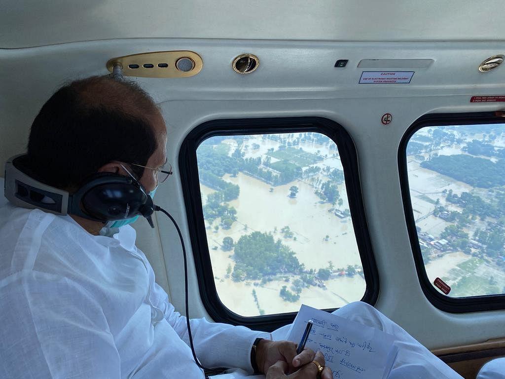उप्र में सभी तटबंध सुरक्षित, बाढ़ प्रभावित क्षेत्रों में लगाई गई 1,129 नावें