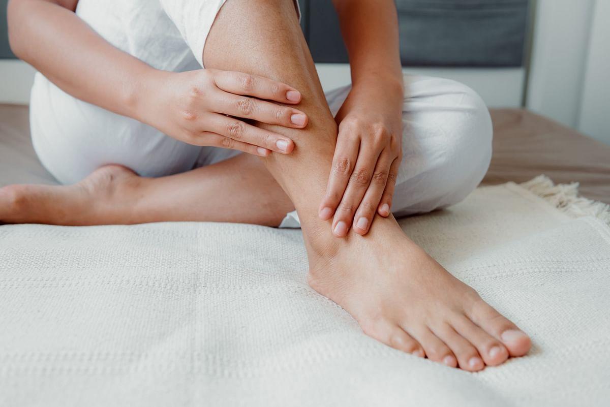 पैरों में सूजन के लिए 4 फायदेमंद उपाय