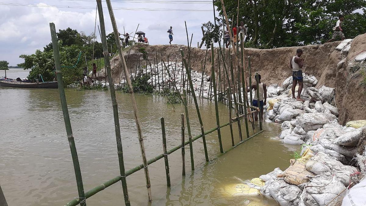 तटबंध के लिए खतरे का सबब बनी बूढ़ी गंडक नदी