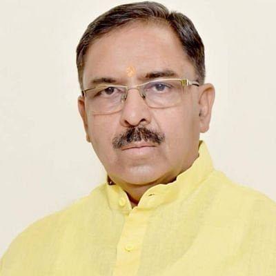 भाजपा की योजना को नए कलेवर में पेश कर वाहीवाही लूट रही है सरकार- डॉ. चतुर्वेदी