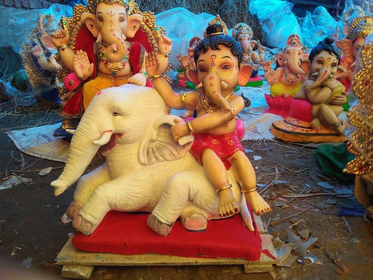 श्रद्धा और उल्लास के साथ हुई भगवान गणेश की स्थापना
