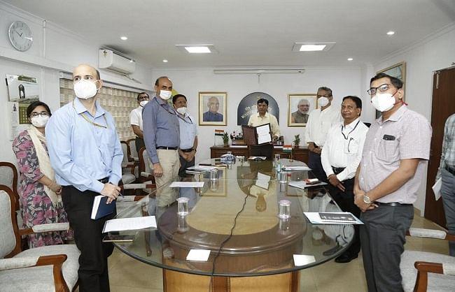 समुद्रीय क्षेत्र में रोजगार को बढ़ावा देने के मकसद से शिपिंग मंत्रालय और कौशल विकास मंत्रालय ने किया समझौता