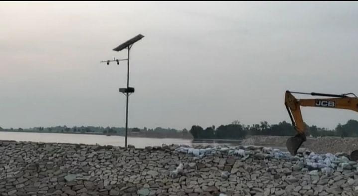 घाघरा ने फिर तरेरी आंखें, कर्नलगंज के गांव में घुसा बाढ़ का पानी,  ग्रामीण भयभीत