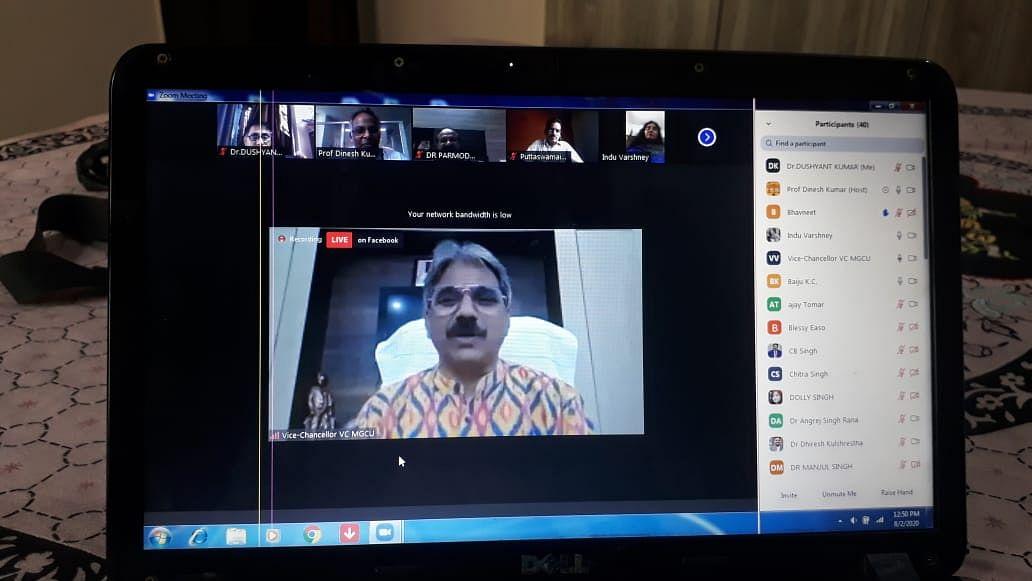 अर्थव्यवस्था को पटरी पर लाएगा आत्मनिर्भर भारत अभियान: प्रो. संजीव शर्मा