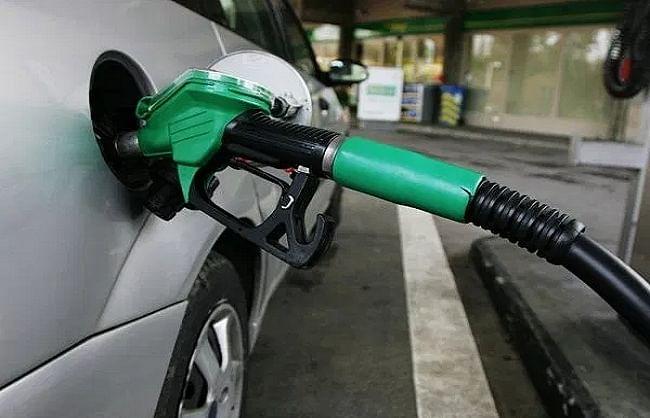 पेट्रोल और डीजल की कीमतों में नहीं हुआ कोई बदलाव