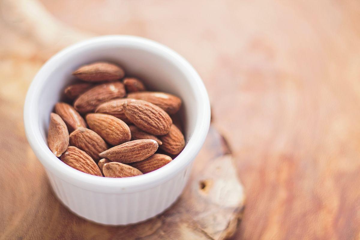 सपने में बादाम देखने का मतलब - Dream Of Almond Meaning