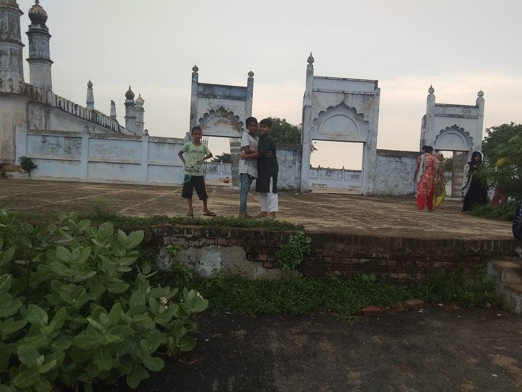 औरैया :ईदगाह में नही अदा हुई ईद -उल- जुहा की नवाज