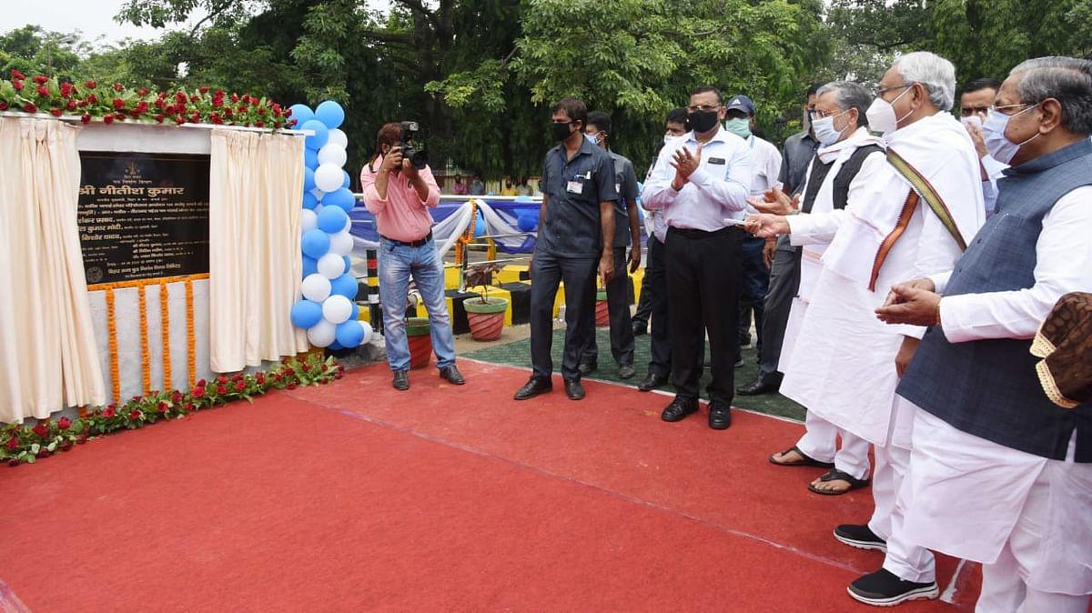 मुख्यमंत्री ने आर ब्लॉक फ्लाई ओवर का किया शुभारंभ, आवागमन में होगी सहुलियत