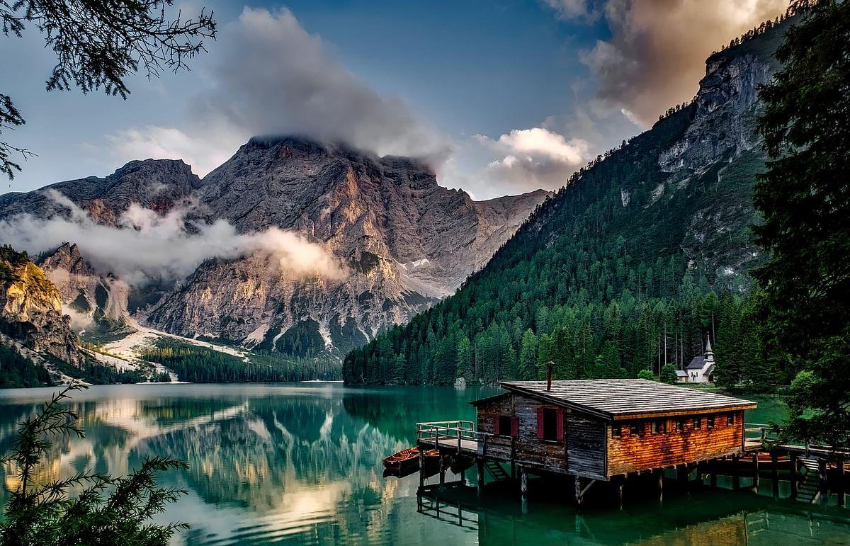 सपने में पहाड़ देखने का मतलब - Dream Of Mountains Meaning