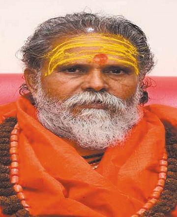 दलित महामण्डलेश्वर के बयान पर अखाड़ा परिषद ने अपनाया कड़ा रूख