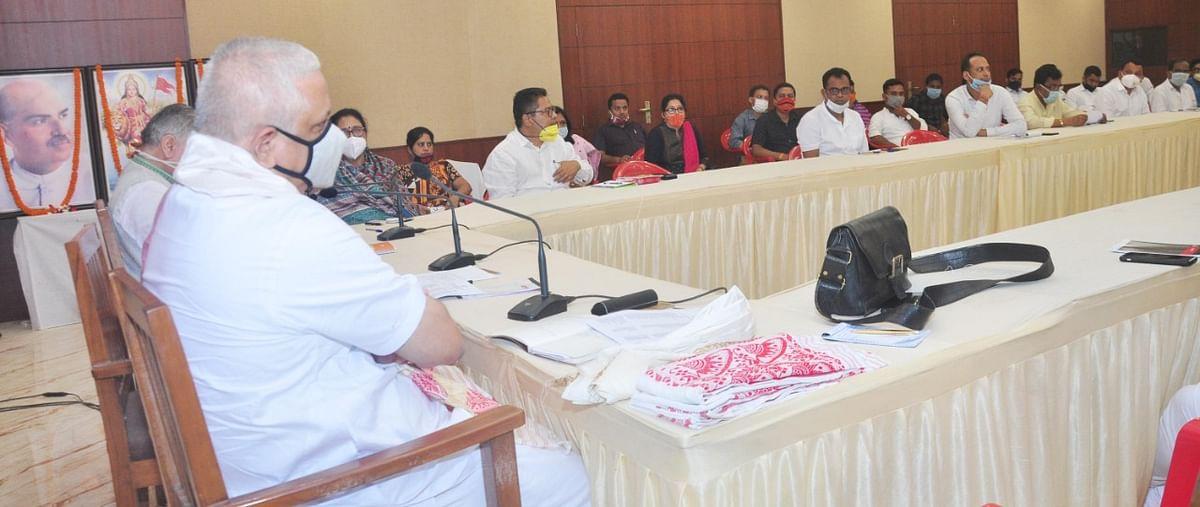 भाजपा के राष्ट्रीय सांगठनिक महासचिव की उपस्थिति में कोर कमेटी की बैठक