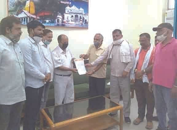 भाजपा की डीआरएम से पुल पर रैंप बनाने की मांग