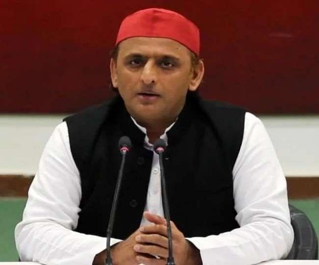 लहूलुहान यूपी पर मुख्यमंत्री का 'ट्रांसफर मरहम' धोखा : अखिलेश