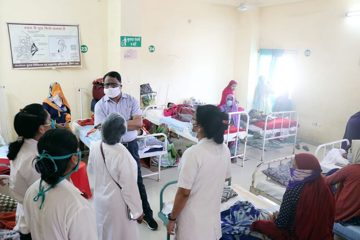 जिला चिकित्सालय का आकस्मिक निरीक्षण के दौरान कलेक्टर ने दिए निर्देश किया